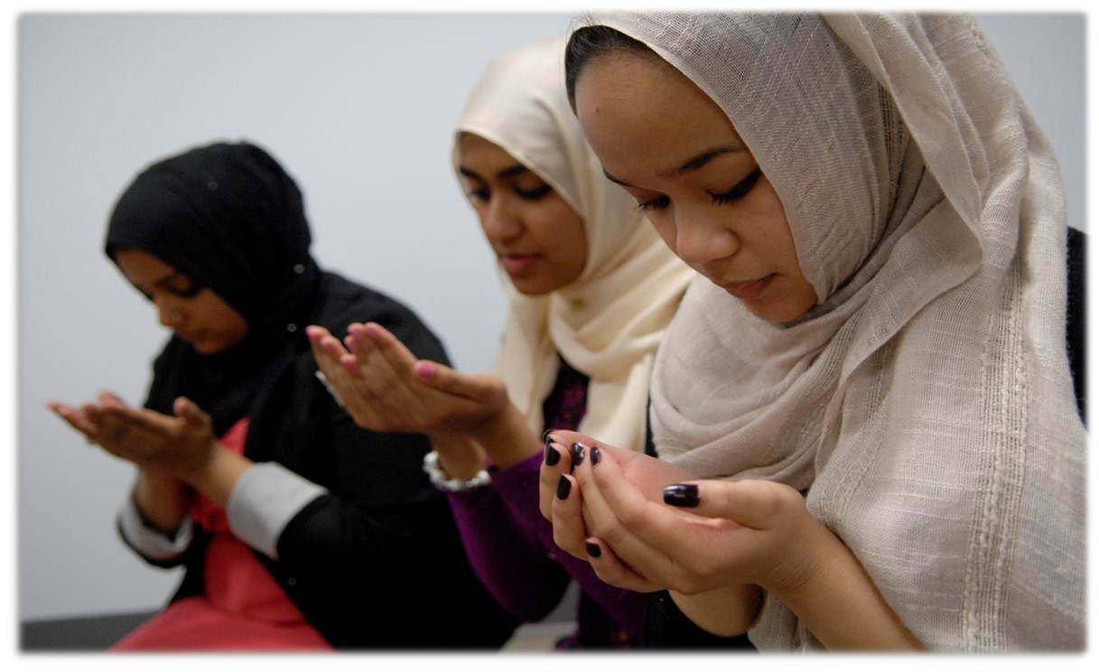 """bula muslim Muslims around the country will be celebrating """"eid ul-adha"""", or feast of the sacrifice, second of two islamic holidays celebrated worldwide each year the other being """"eid ul-fitr"""" the common factor between both muslim festivals is the patriarch prophet abraham whose descendants branched out as jews, christians and muslims."""
